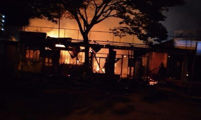 Dos comedores se incendian en Santa Rita