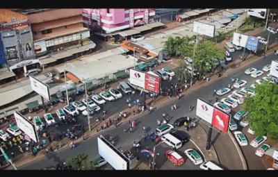 Manifestación en CDE para exigir apertura total del Puente de la Amistad