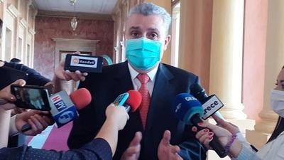 """""""Amnistía tiene un criterio selectivo, y está en desconocimiento a las leyes de la república"""", dice Villamayor."""