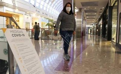 HOY / Shoppings anuncian ola de descuentos por 6 días para revivir el rubro