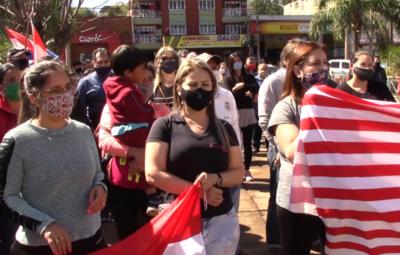 Comerciantes encarnacenos exigen la reapertura de frontera con Posadas