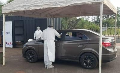 HOY / Ciudad del Este: Habilitan toma de muestra en el estacionamiento del anfiteatro