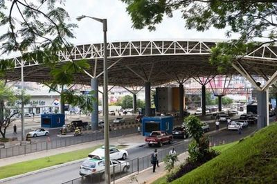Anunciaron apertura total en el Puente de la Amistad y puntos fronterizos con el Brasil