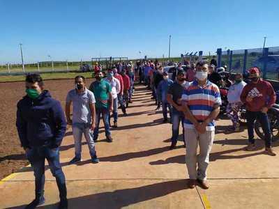 """Obreros de FrigoNorte """"frustrados"""" por decisión de Conacom y piden """"alternativas"""" al Gobierno"""