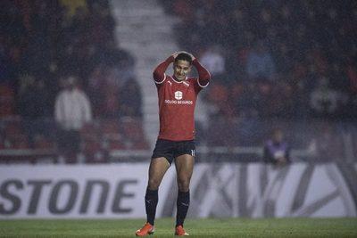 """Ricardo Bochini contra Cecilio: """"Independiente gastó mucho en jugadores que no rindieron"""" · Radio Monumental 1080 AM"""
