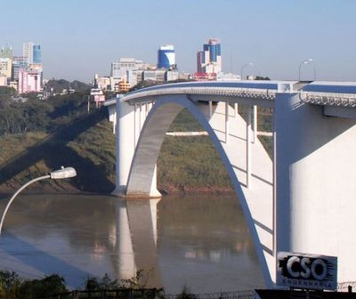 Autorizan la reapertura del Puente de la Amistad