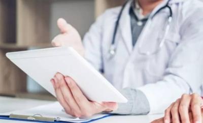 HOY / Clínicas habilita teleconsultas para el servicio de nefrología adultos