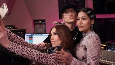 """HOY / Thalía, Sofía Reyes y Farina lanzan """"Latin Music Queens"""" en Facebook Watch"""