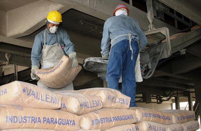 Presidente de INC estima reducción de precio de cemento dentro de un mes