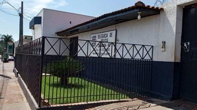 HOY / Presos brasileños con COVID-19 huyen por un túnel de una cárcel cercana a Paraguay