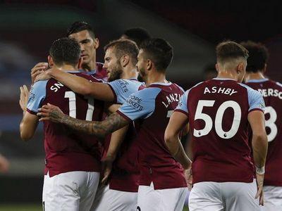 El West Ham de Balbuena golea y avanza a octavos