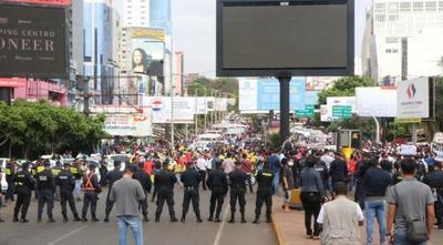 """Médicos advierten que reapertura del Puente de la Amistad """"Será un descontrol total"""" – Prensa 5"""