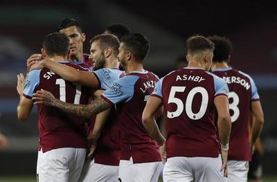 El West Ham de Balbuena vuelve a imponerse en la Copa de la Liga
