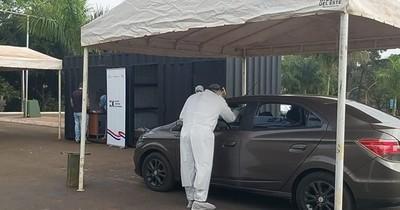 La Nación / COVID-19: habilitan nuevo puesto para toma de muestras desde vehículos en CDE