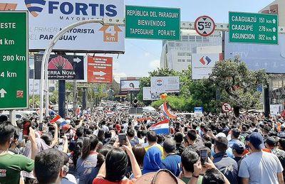 Protestas logran reapertura del puente y se genera esperanza para la economía