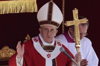 HOY / Papa critica que se escuche más a empresas que a sanitarios en crisis COVID19