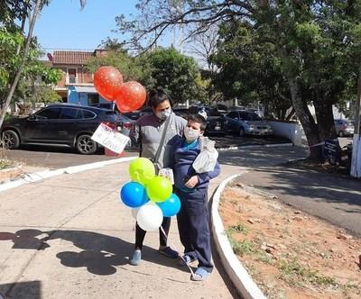 Lambaré: niño recibió alta médica tras vencer al COVID-19