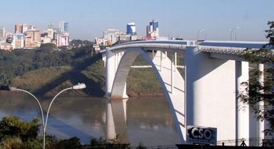 Apertura de puente hará repuntar la economía, según asesor de cámara