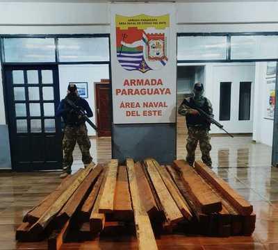 Marina incautó carga de madera nativa en Puerto Irala
