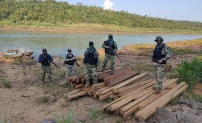 Incautan madera nativa que debían pasar a la Argentina por el Paraná