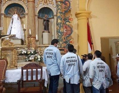 """Crónica / EN SU VÍSPERA: """"Vichearon"""" retablo de la Virgen de las Mercedes"""