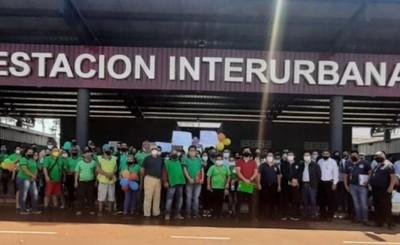 Municipalidad de CDE entrega casillas de la nueva Estación Interurbana