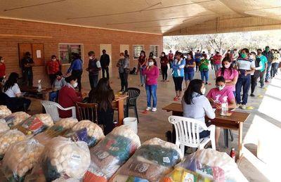 Cuarta entrega de kits de alimentos en Boquerón