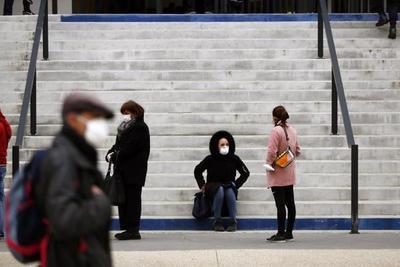 Francia impone el cierre de bares en Marsella por el virus