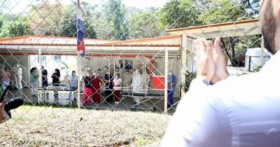 La Nación / Piden albergue para familiares de pacientes en Ineram