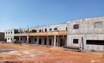 HOY / Futura cárcel de Emboscada registra avance del 40% en su construcción