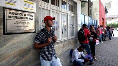 El desempleo en Brasil aumenta 27,6% en cuatro meses