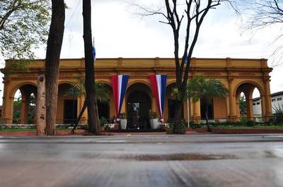 Detectan irregularidades en proceso licitatorio de la Gobernación de Concepción