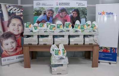 Donan impresoras y fotocopiadoras para la red de internados del Chaco
