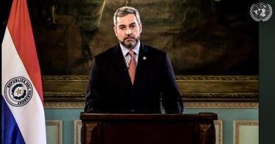 """Mario Abdo Benítez: """"Condenamos a grupos criminales que utilizan niños como escudo"""""""