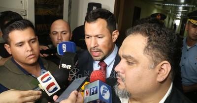 La Nación / Ulises Quintana sostiene que la Fiscalía le mantiene preso sin elementos