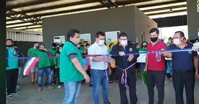 La Nación / Intendente de CDE no asiste a entrega de casillas tras irregular fiesta en sede comunal
