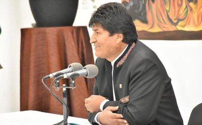 """Evo Morales suma otra denuncia del Gobierno boliviano, ahora por """"asesinatos y torturas"""""""