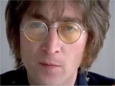 John Lennon fue un adolescente complicado, según registro escolar
