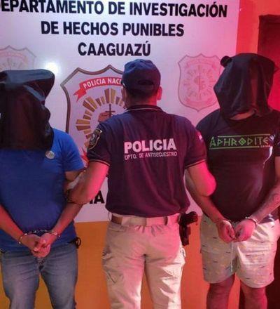 Policía detiene a dos jóvenes por presunta extorsión a empresario en Caaguazú