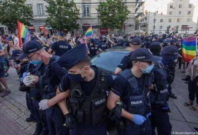 Europa expresa su rechazo a las zonas libres de ideología LGBTI de Polonia