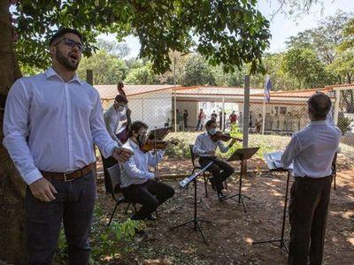 La orquesta del Congreso lleva música a hospitales