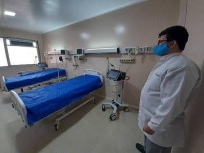 HOY / Salud mantiene oculto convenio con privados y deja fuera a los que ya no pueden pagar