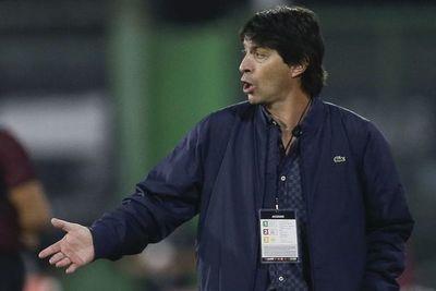 """""""En nuestro mejor momento nos convierten el segundo gol y se viene la expulsión"""""""