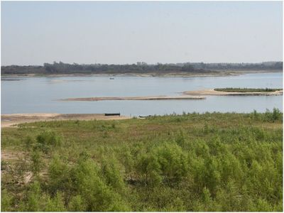 Río Paraguay tiene menos de 1 metro y grandes barcos ya no pueden llegar a Asunción