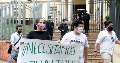 La Nación / No es obligatorio un test negativo para volver a trabajar luego de 14 días