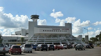 Pedirán reunión para establecer protocolo que permita la reapertura gradual de aeropuertos con vuelos a otros países