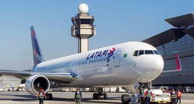 Tres aerolíneas proponen reactivar vuelos comerciales