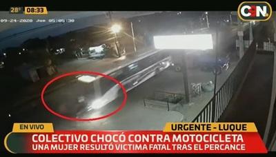 Mujer muere tras ser embestida por un colectivo en Luque