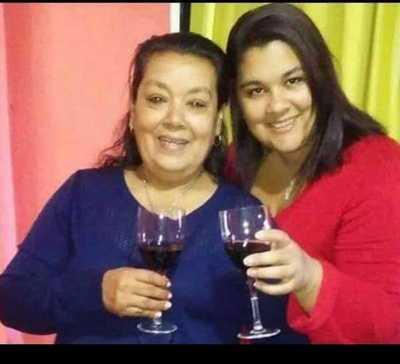 Madre e hija mueren a causa de covid-19