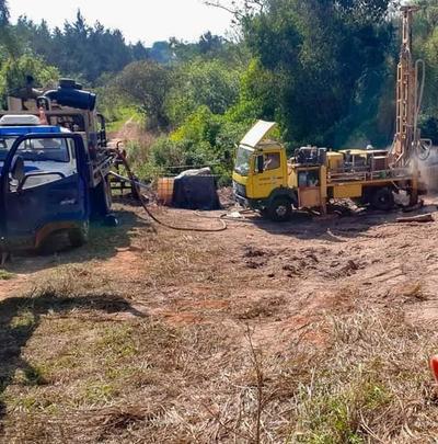 Tras varios pedidos, yguazuenses logran acceso a agua potable